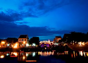 Japanese Bridge and the Hu Bon River at dusk, Hoi An, Central Vietnam