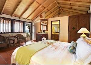 Beachfront Room, Palm Island Resort & Spa, Palm Island