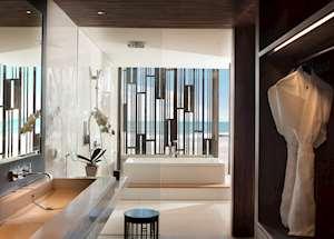 Beach Suite, Alila Seminyak, Seminyak