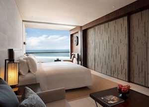 Deluxe Ocean Suite, Alila Seminyak, Seminyak
