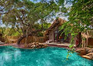 Cluster Cabins and Private pool