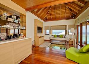 Deluxe Sunset Ocean Pool Villa, Huvafen Fushi