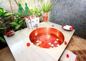 Kampong Lombok Bungalow bathroom, Tugu Lombok, Sire Beach