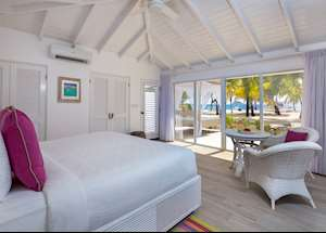 Superior Beachfront Room, Palm Island Resort & Spa, Palm Island