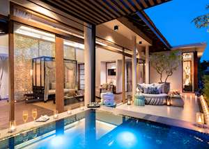 Jacuzzi pool suite terrace