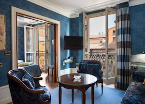 Hotels resorts in italy audley travel for Hotel charme bologna