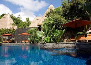 Pool at Maia Resort & Spa, Mahe