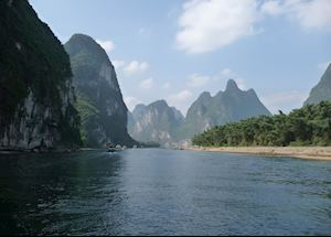 Limestone scenery along the Li River, Guilin