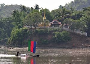 Chindwin River, Mrauk U