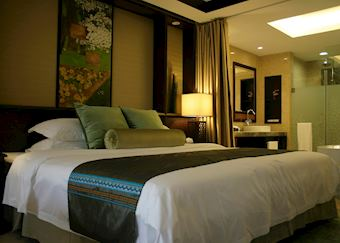 Standard room, Yangshuo Riverside Resort Hotel