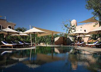 Swimming Pool, Almanara