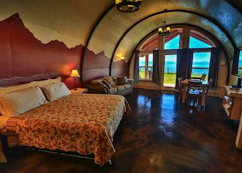 The Bear's Den, Kenai Peninsula Suites, Homer