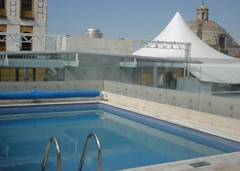 The roof top pool at NH Puebla, Puebla