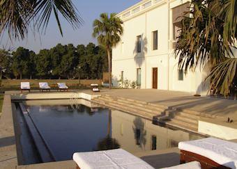 Pool at Nadesar Palace, Varanasi