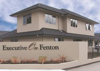 Executive on Fenton