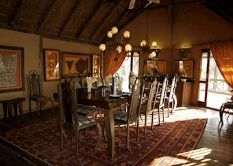 Deception Valley Lodge, Central Kalahari