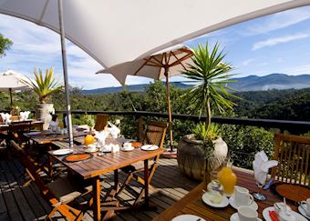 Breakfast with a view - Hog Hollow Country Lodge, Plettenberg Bay