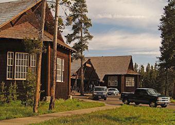Lake Lodge Cabins
