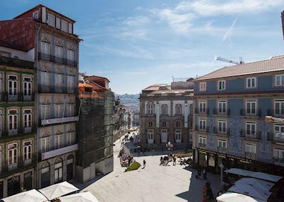 Maison Particulière, Porto