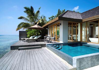 Ocean pool bungalow, Anantara Veli Maldives Resort, Maldive Island