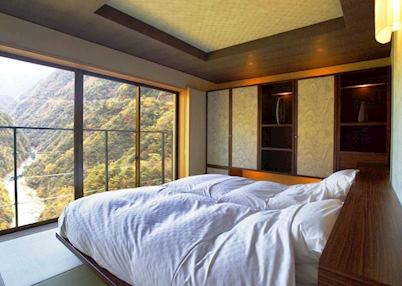 Room 505 : Western style with outstanding views