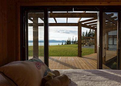Private Fantail Spa, Mount Cook Lakeside Retreat, Twizel
