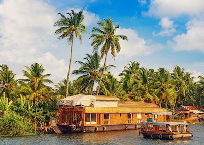 Traditional houseboat cruise