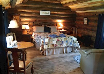 Wolfwood Guest Ranch, Clearwater - Wells Gray Provincial Park
