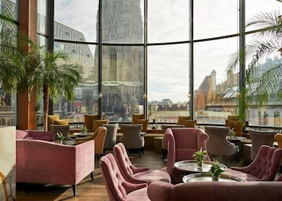 Onyx Bar, Do&Co Hotel