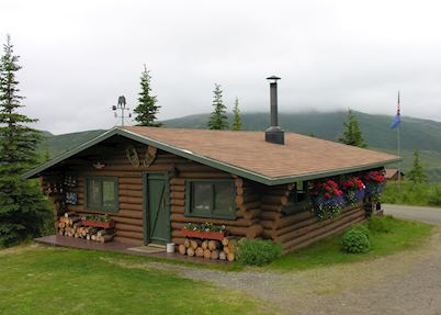 Camp Denali, Lodge