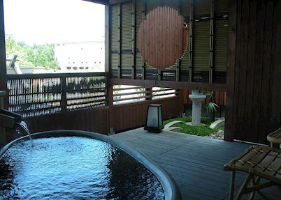 Private open air bath, Grand Hotel Tsuruga