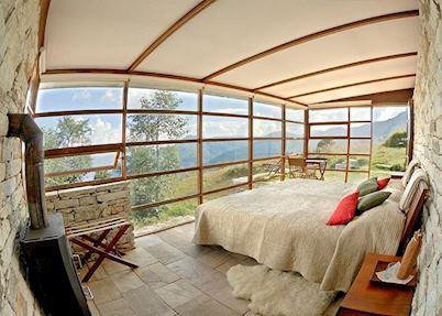 Bedroom at 360° Leti, Almora