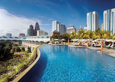 The roof-top pool at The Mandarin Oriental, Kuala Lumpur