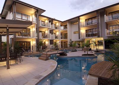 Shantara Resort and Spa Exterior and Pool Area