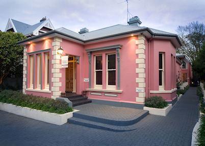 The Classic Villa, Christchurch