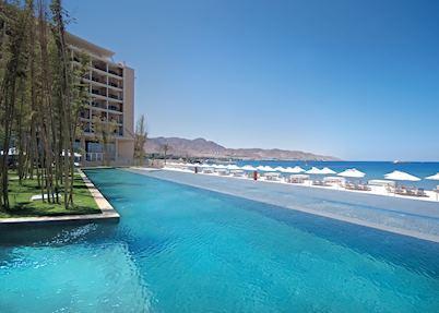 Swimming Pool & Beach Kempinski Aqaba