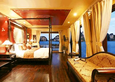 Phoenix Suite, Halong Violet, Halong City