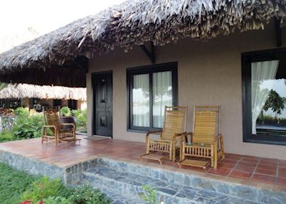 Bungalow << Request Garden or River >>, Mekong Lodge, Cai Be