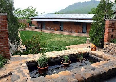 Brickyard Inn Courtyard Garden