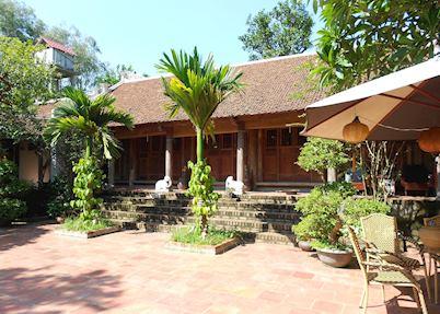 Frangipani Ancient House, Moon Garden Homestay