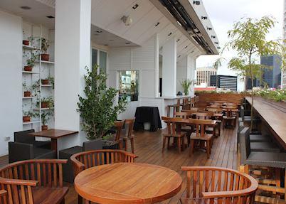Roof top bar at the Hotel Pulitzer