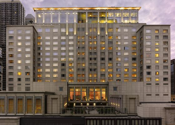 Stay At The Peninsula Chicago