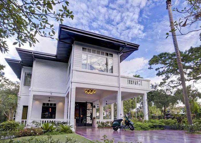 The Henry hotel, Manila