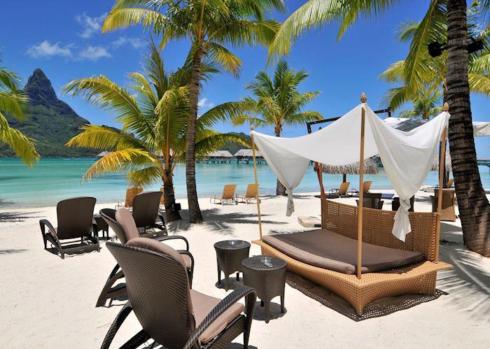 Sands Bar, InterContinental Resort and Thalasso Spa, Bora Bora