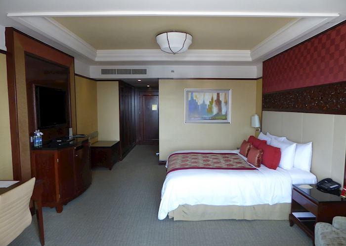 Room, Shangri-La