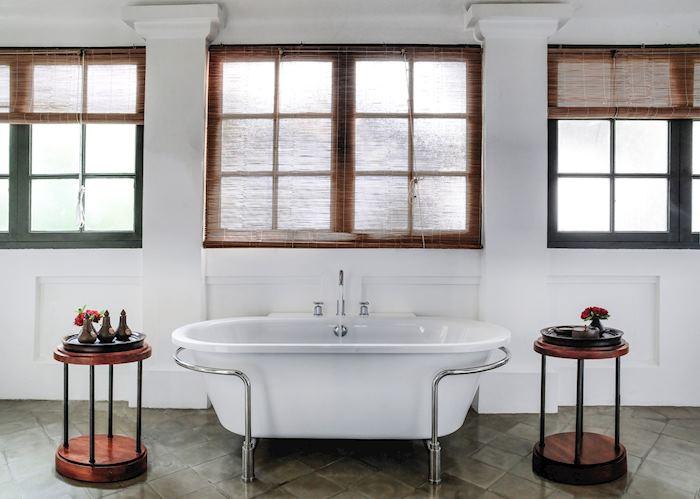 Bathroom, Amantaka