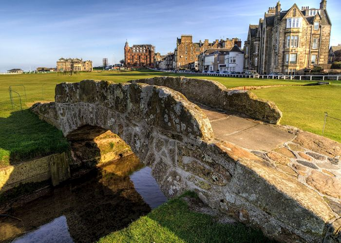 Swilcan Bridge, St Andrews