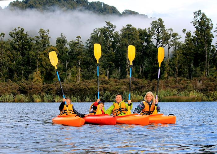 Kayaking at Wilderness Lodge Lake Moeraki