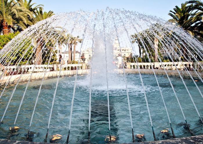 Fountain, Monte Carlo