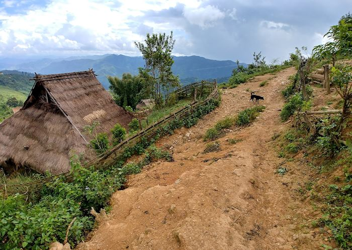 Village on a mountain top, Phongsaly